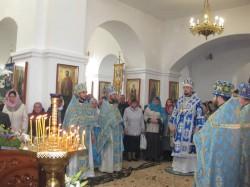 Архирейское Богослужение в честь престольного праздника Покровского храма г.Доброполье
