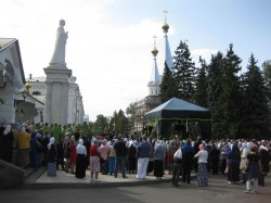 Юбилейные празднества на Донце в честь 25-летия возрождения Святогорского монастыря